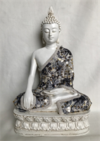 RESIN THAI BUDDHA WITH CLOTHES 29X19CM